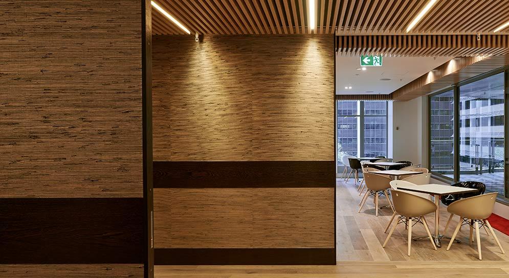 Kowloon_Scotch_Rolf_Ockert_Design_Swaab_Attorneys_032_4_995x944_0